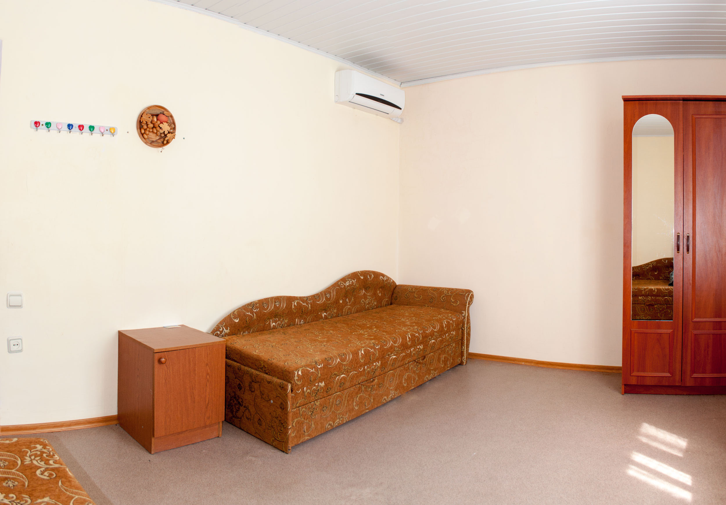 Четырехместный номер Эконом в гостинице Песчаное Летом